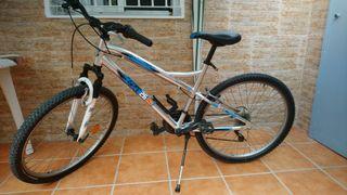 Bicicleta de montaña de 26 pulgadas cuadro de alum