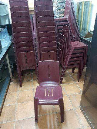 sillas de plástico muy fuertes 44 unidades