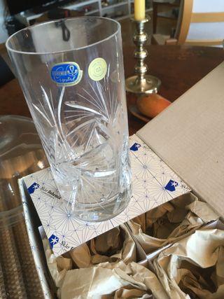 6 vasos tallados Bohemia nuevos