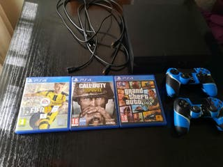 PS4 + 2 MANDOS + 3 JUEGOS