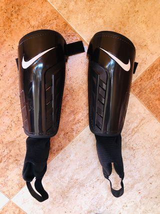 Espinilleras + tobilleras Nike