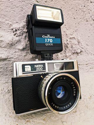 CAMARA DE FOTOS VINTAGE NERA 200 45MM.