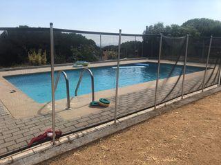 Valla cerramiento piscina niños