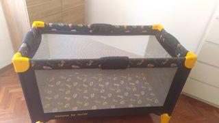 Cuna/parque de viaje y barrera para cama de niño
