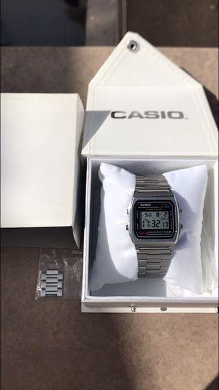 Casio W-780