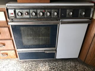 Cocina con horno años 70