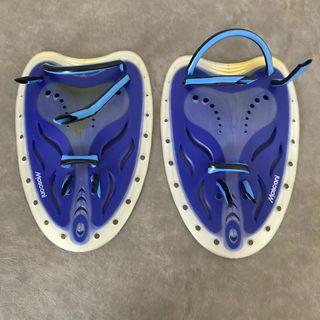 Aletas de mano para natación