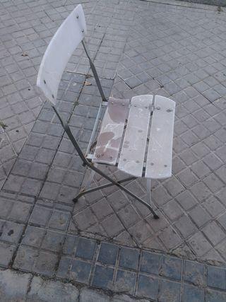 silla plegable de hierro y meta kilato