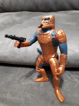 Saurod con arma Mexico 1986 motu