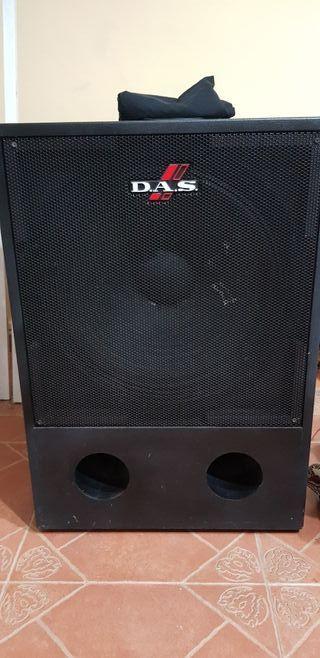 altavoces D.A.S 500 watios