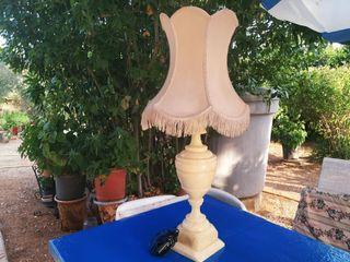 Lámpara mármol muy elegante, gran tamaño