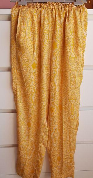 Pantalón estampado Mango