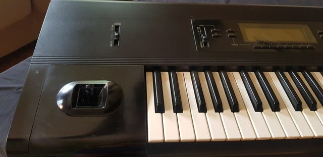 teclado korg t3