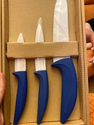 Cuchillos de cerámica nuevos