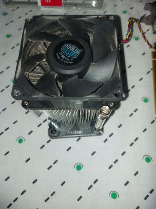 Ventilador CPU Cooler master.