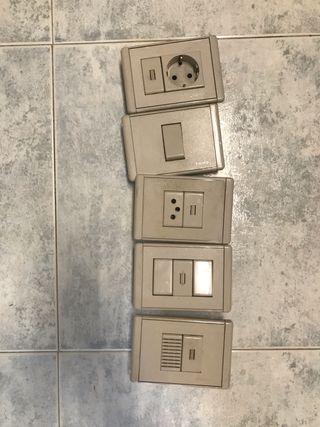 Enchufes e interruptores caja americana