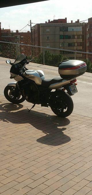 Yamaha Fazer 2001