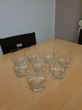8 vasos chivas