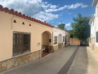 Casa pareada en Gelida, zona Castell! Ref. 819