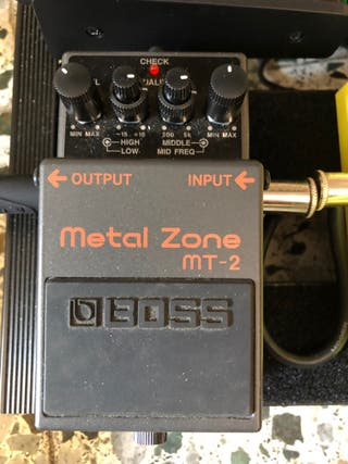 Pedal Guitarra Boss Metal Zone