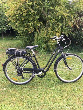 Bicicleta eléctrica btwin