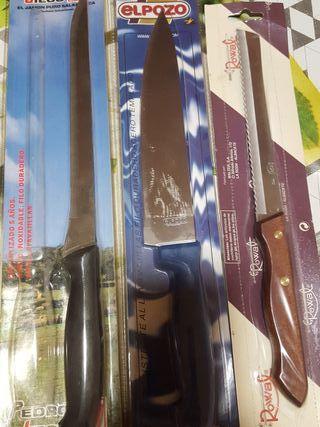 Conjunto de cuchillos.