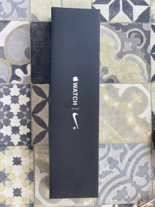 Apple Watch Nike Series 4 + LTE