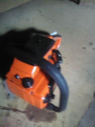motosierra iseki shindaiwa y8701 lo k se ve la fot