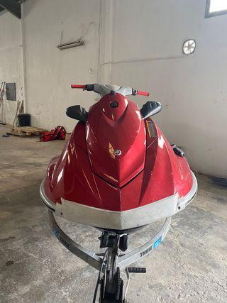 Moto de Agua Yamaha Vx Deluxe 2013