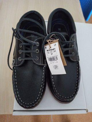 Zapatos náuticos 37 niño escolar NUEVO
