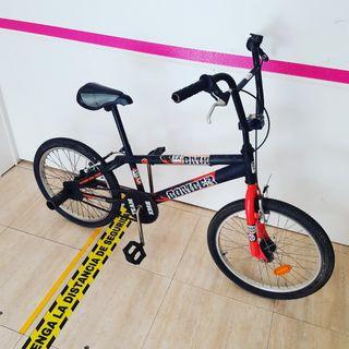Bicicleta bmx bomber