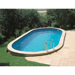 Mantenimiento de jardines y piscinas.