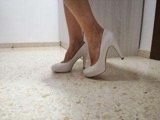 zapatos novia piel t. 38 por 40 euros