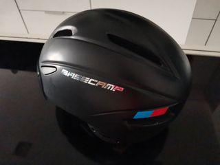 Casco de bici o patinete Basecamp