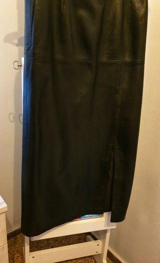 Falda cuero auténtico ( no sintético)