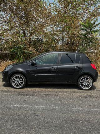 Renault Clio 1.6 16v Luxe Privilege 5p
