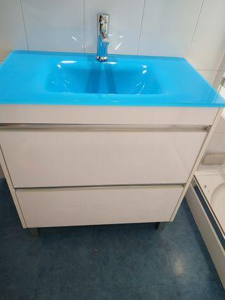 Mueble baño + espejo+ grifo