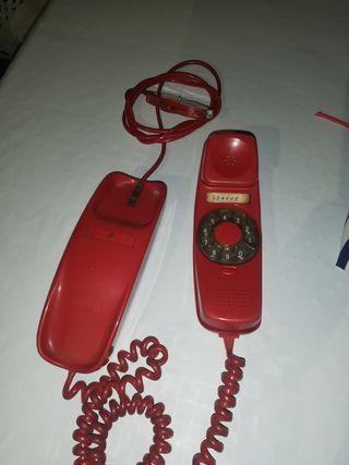 Antiguo teléfono góndola.