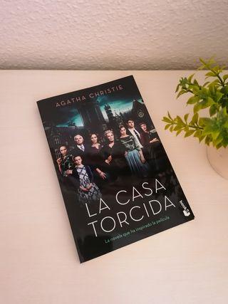 Libro La casa torcida de Agatha Christie