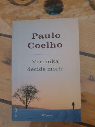 Verónika decide morir, Paulo Coelho