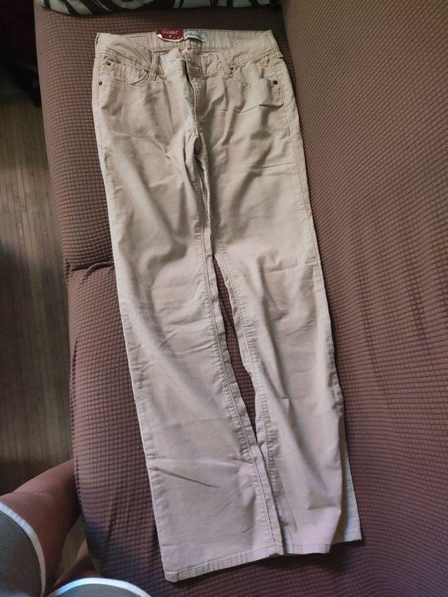 Pantalones Levis De Pana De Segunda Mano Por 15 En Vigo En Wallapop
