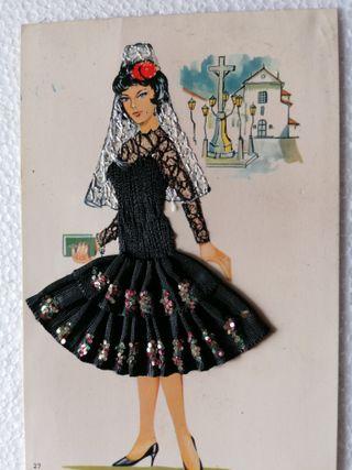 Postales España años 60 bordadas
