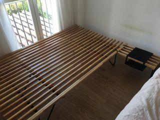 dormitorio ikea: somier, mesilla y comoda