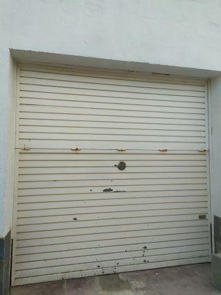 Puerta Garaje Blanca