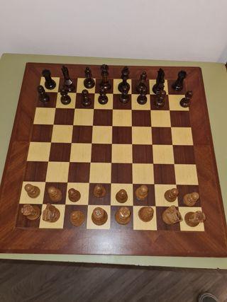 Juego ajedrez de madera