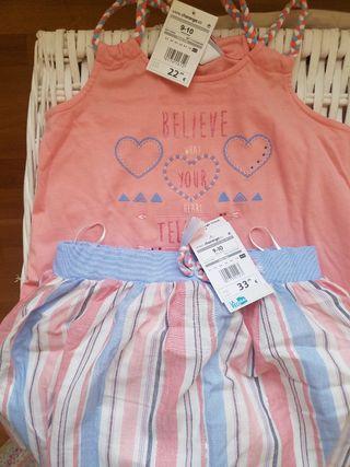 Conjunto falda y camiseta. NUEVO. 9-10