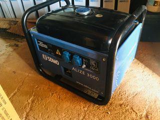 Generador SDMO honda 3000