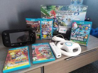 Lote Consola Wii U mas mandos y juegos.