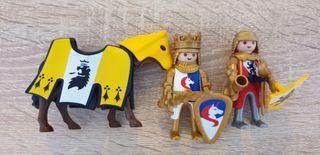 Rey, caballo, sirviente y 2 dragones de Playmobil