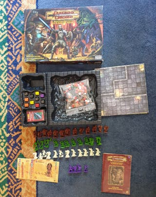 Juego tipo rol Dungeons and Dragons